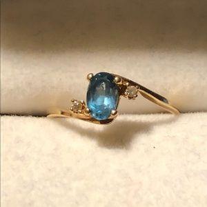 10k yellow gold Plue Topaz Diamond ring